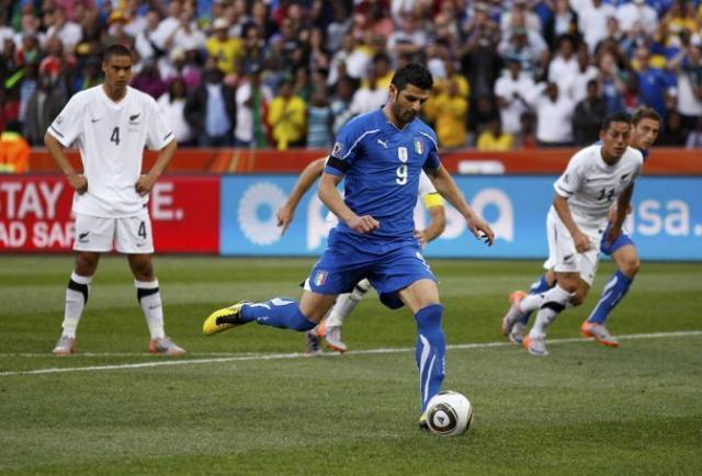 Il gol di Iaquinta su rigore contro la Nuova Zelanda